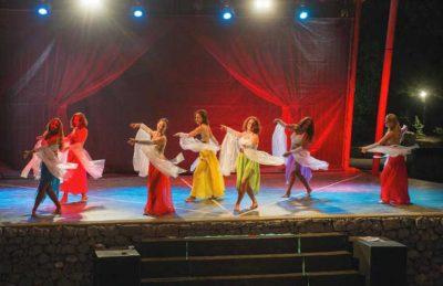 Aluna Vacances Evening Entertainment