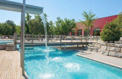 Aluna Vacances Pool Facilities