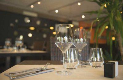 Aluna Vacances Restaurant and Dining Area