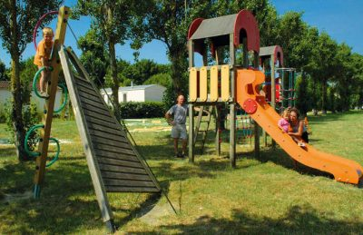 Camping Airotel Oleron Playground
