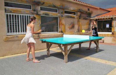 Camping Bois Soleil Table Tennis