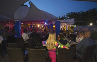 Camping Club Mar Estang Bar Nighttime
