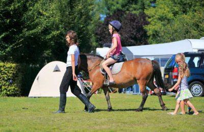 Camping de l'Etang de Fouche Horse Riding