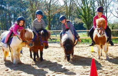 Camping Domaine d'Inly Pony Riding