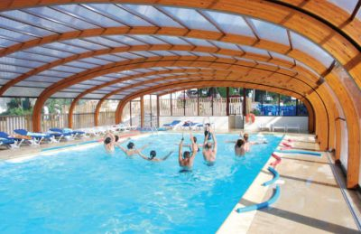 Camping le Moulin de Kermaux Covered Swimming Pool