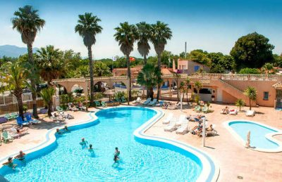 Camping Le Neptune Overview
