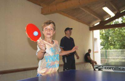 Camping Le Pin Parasol Table Tennis