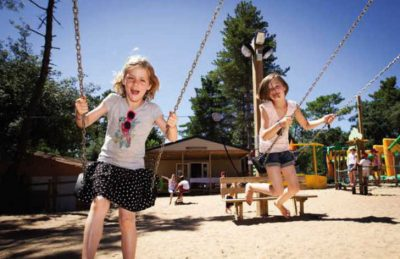 Camping le Signol Swings Playground