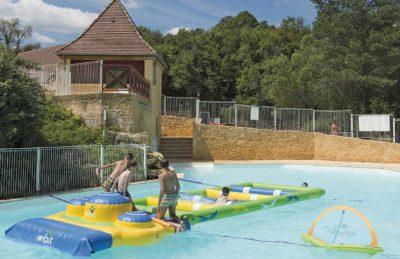 Camping Le Val d'Ussel Pool Fun