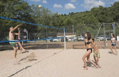 Camping Le Val d'Ussel Volleyball