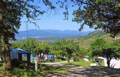 Camping les Charmilles Campsite Location
