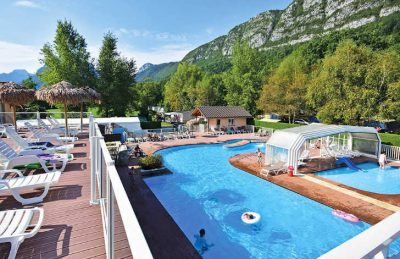 Camping les Fontaines Pool View