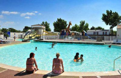 Camping Loyada Pool Area