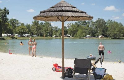 Camping Pomport Beach Lake