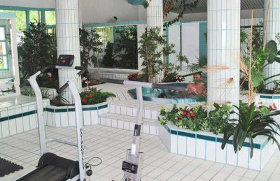Camping Sen Yan Jacuzzi and Gym