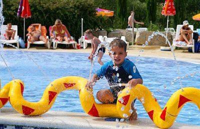 Campsite Domaine le Pommier Children's Pool Fun