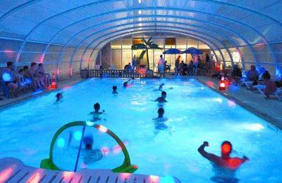 Campsite Seasonova les Mouettes Covered Pool at Night