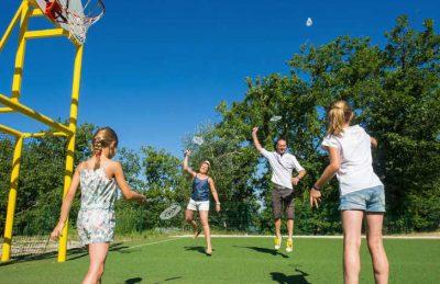Domaine de Chaussy Sports Facilities