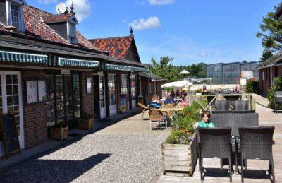 Domaine de Drancourt Restaurant Outside