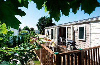 Domaine de Dugny Campsite Accommodation