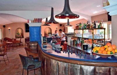 Esterel Caravanning Bar