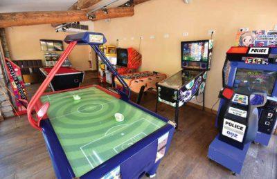 Holiday Marina Games Room Kit