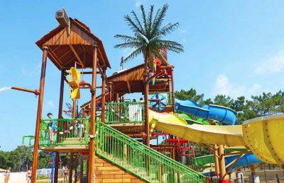 La Cote d'Argent Playground