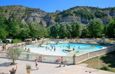 La Grande Terre Pool Complex