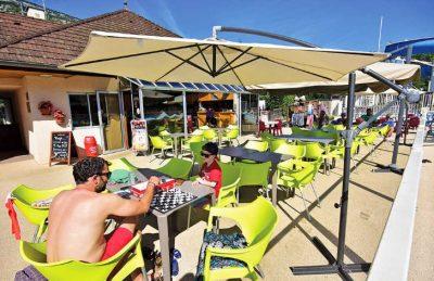 La Ravoire Outside Bar Area