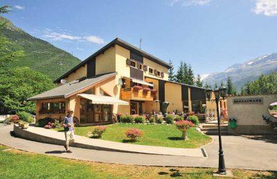 Le Belledonne Restaurant Building