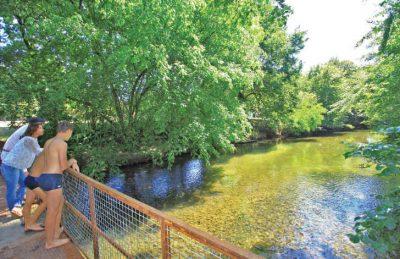 Le Pontet Campsite River Bridge