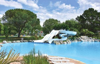 Le Ruisseau Slides Pool