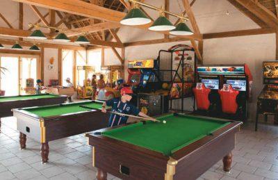 Les Alicourts Games Room