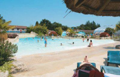 Les Alicourts Swimming Pool