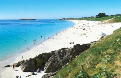 Les Deux Fontaines coast and Beach