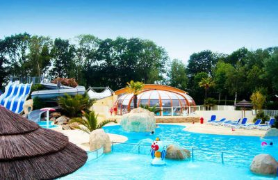 Les Deux Fontaines swimming Pool Complex