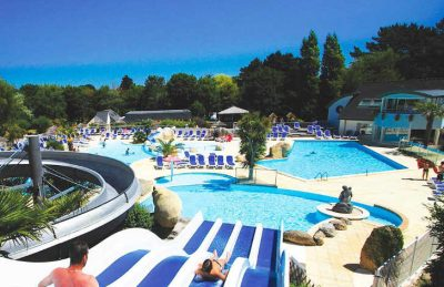 Les Deux Fontaines swimming Pool Slides