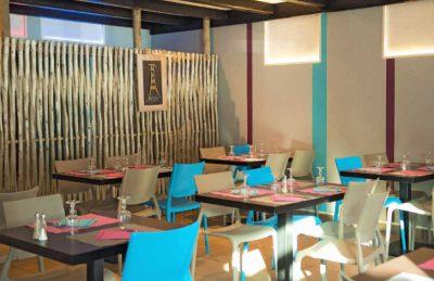 Les Ecureuils Restaurant Seating