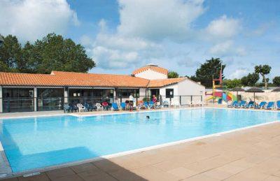Les Ecureuils Swimming Pool