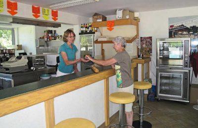 Lou P'tit Poun Campsite Cafe