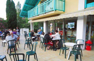 Lou P'tit Poun Campsite Dining Area