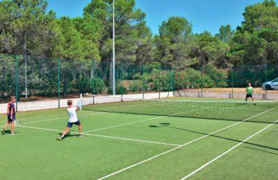Parc St James Oasis Tennis