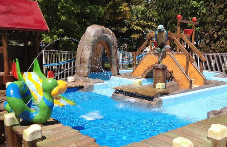 Camping Airotel Oleron Childrens Spray Pool