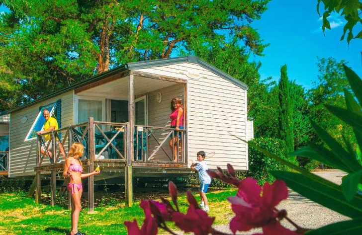 Camping le Coteau de la Marine Accommodation