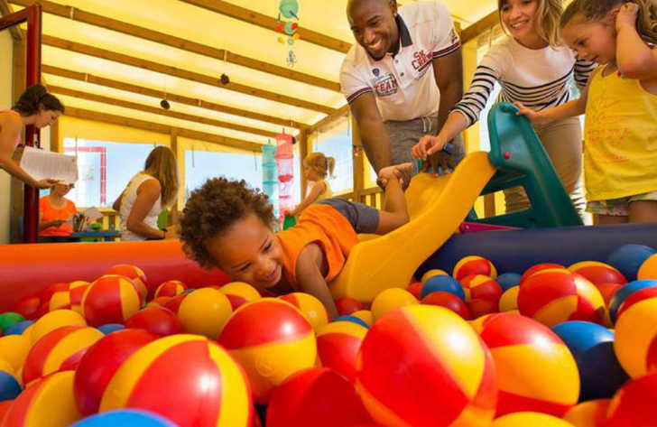 Camping les Charmettes Childrens Ball Park