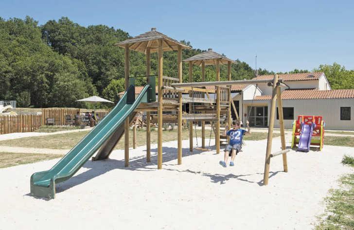 Camping Pomport Beach Childrens Playground