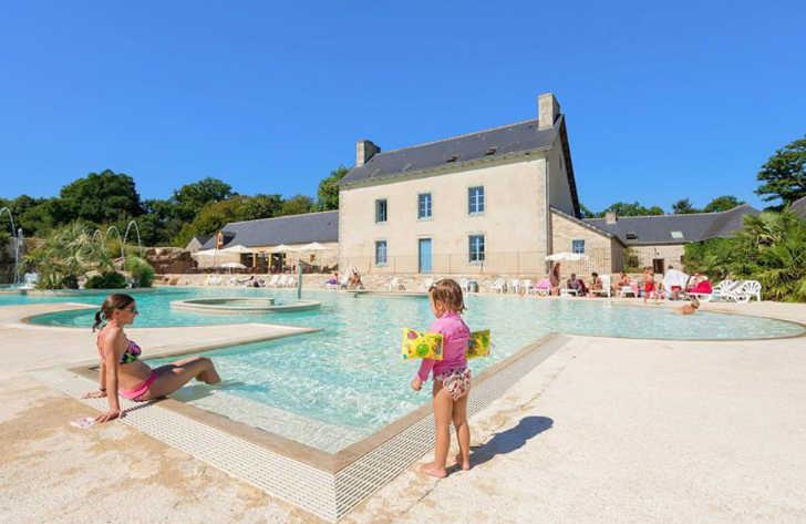 Domaine L'Orangerie de Lanniron Family Pool